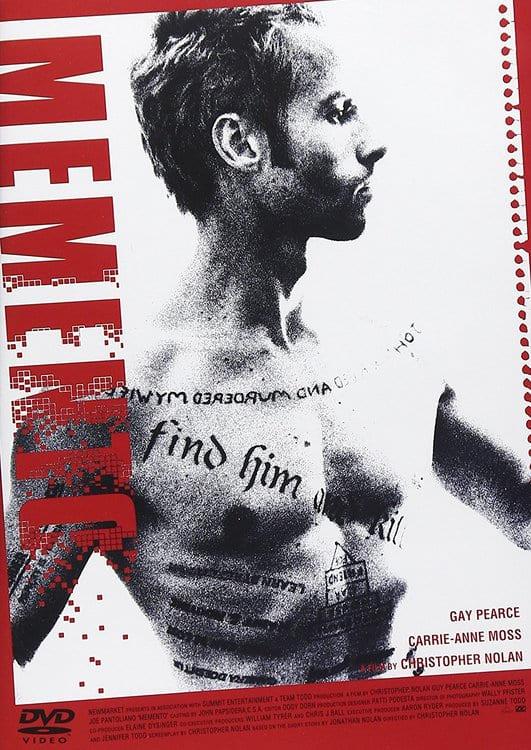 【ネタバレあり】ノーラン監督渾身の時系列映画『メメント』(2000)の逆再生やポラロイドの謎を解説【あらすじ、考察】